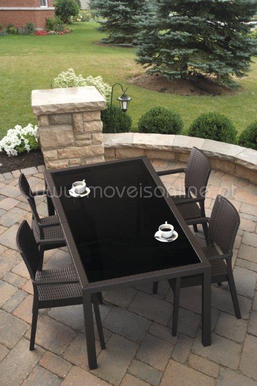 mesa de jardim